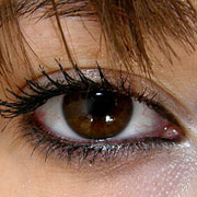 colored contact lenses for dark eyes
